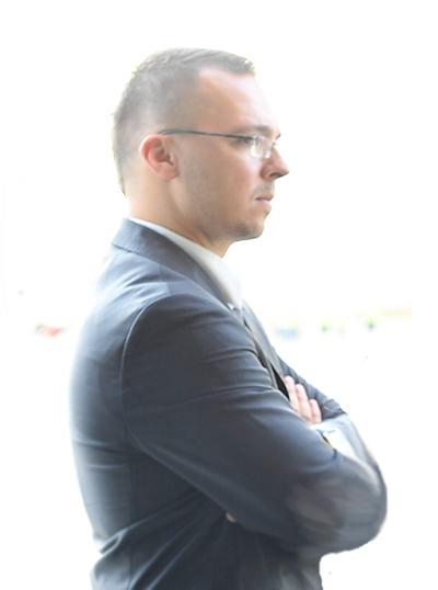 Józsa László Róbert ügyvezető igazgató